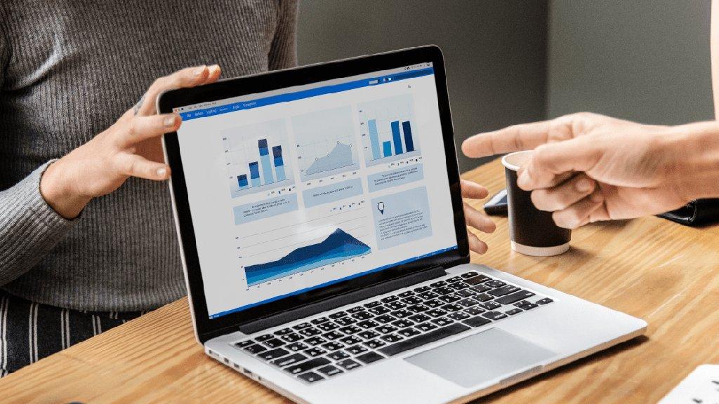 B2B покупатели изучают 13 записей, прежде чем принять решение о покупке. Исследование